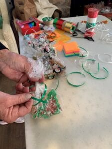 gift-wrapping Christmas cookies