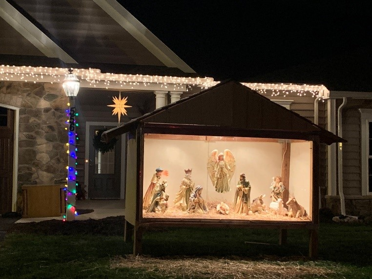 Nativity scene in resident's yard at Homestead Village for the holidays